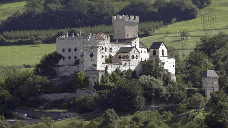 Castel Coira